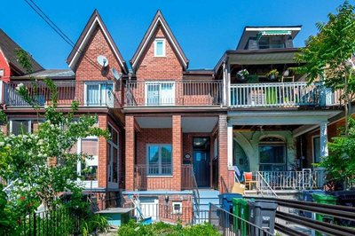 295 Clinton St Toronto, ON - M6G2Y7