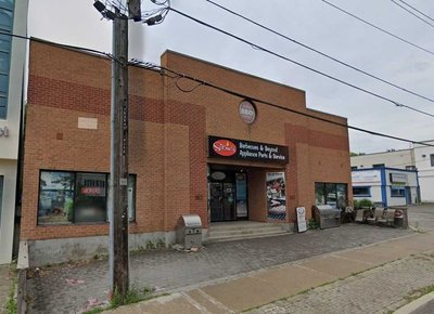 162 Willowdale Ave Toronto, ON - M2N4Y6