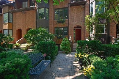 28a Dundonald St Toronto, ON - M4Y1K2