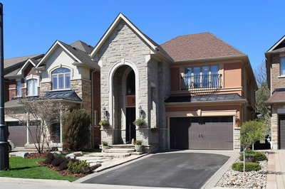 393 Gilpin Dr Newmarket, ON - L3X3H3