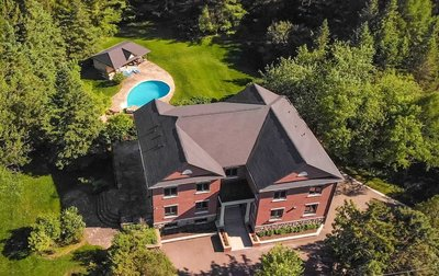 219 Cavell Ave King, ON - L7B1A3