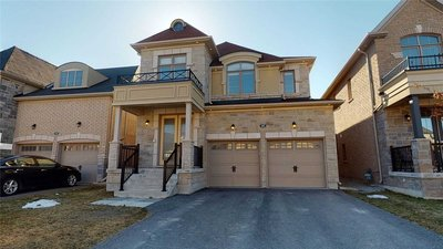 582 Sweetwater Cres Newmarket, ON - L3X0H6