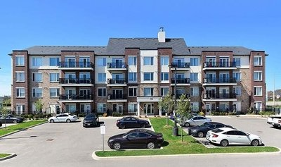 54 Sky Harbour Dr Brampton, ON - L7A0A1