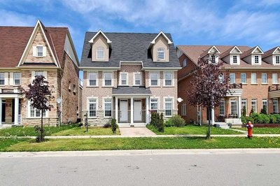 5429 Festival Dr Mississauga, ON - L5M0G6