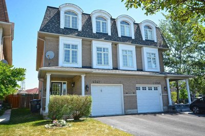 4747 Glasshill Grve Mississauga, ON - L5M1R5