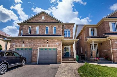 3373 Stoney Cres Mississauga, ON - L5M0N6