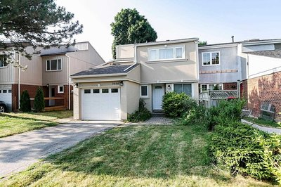 3464 Ashrow Cres Mississauga, ON - L5L 1K4