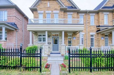 5429 Tenth Line W Mississauga, ON - L5M0V7