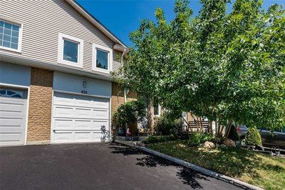 833 Sweetwater Cres Mississauga, ON - L5H4A7